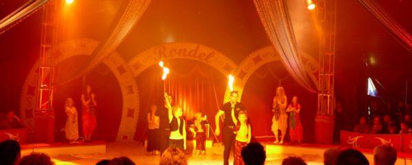 Zirkus-DVD erhältlich bei Buchhandlung Hoffmann