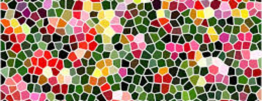 Mosaikschalen, Grillen, Stein-Katzenbilder und Stockbrot