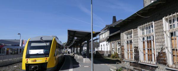 """Umzug des Jugendzentrums in den """"neuen Bahnhof"""""""